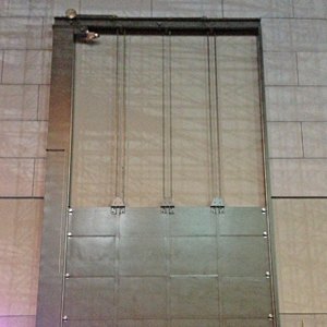 SAFE Soundlift Vertical Door